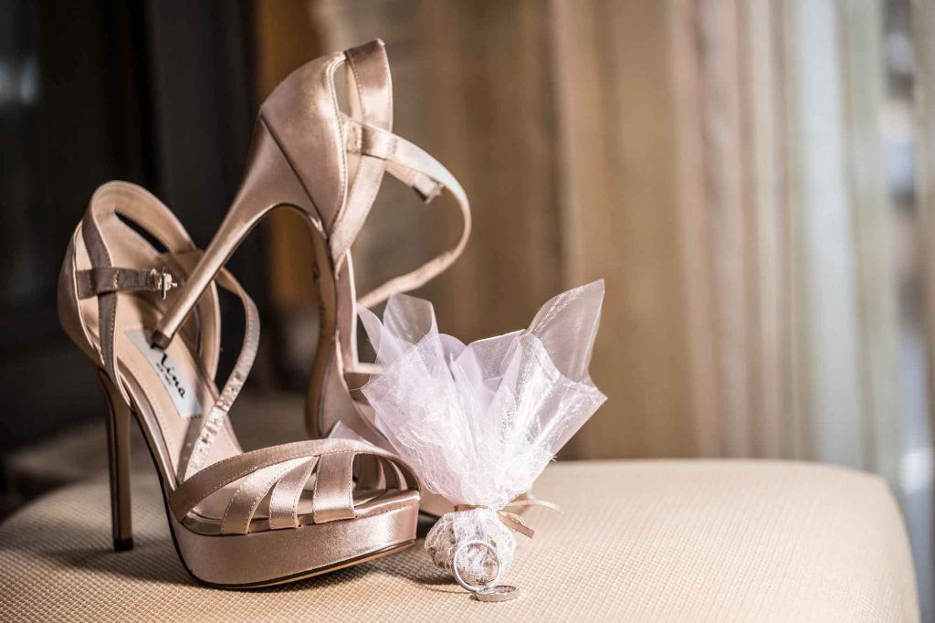 Bride's shoes on wedding's day
